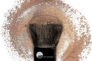 glo minerals cosmetics