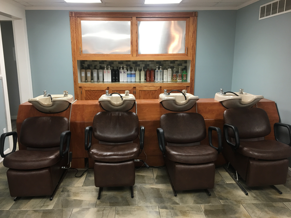Anjoli Salon and Spa shampoo stations